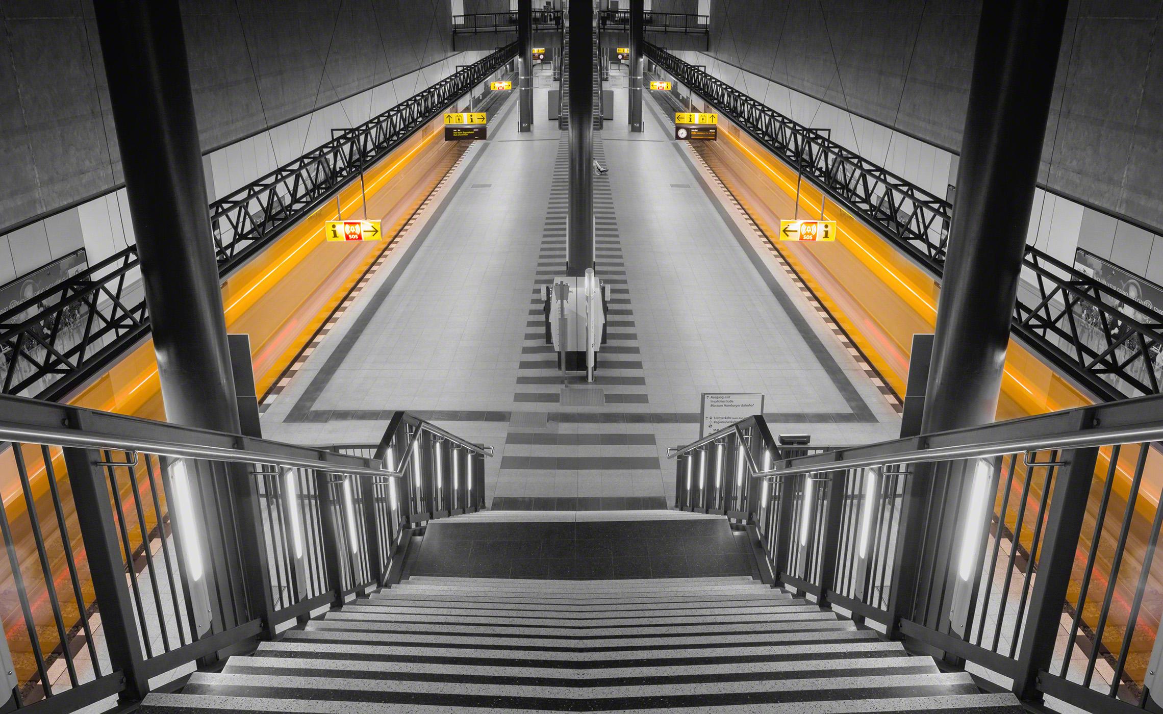 HBF_Berlin_Ubahn_U55.jpg